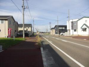 R1年10月撮影     区画1 前面道路