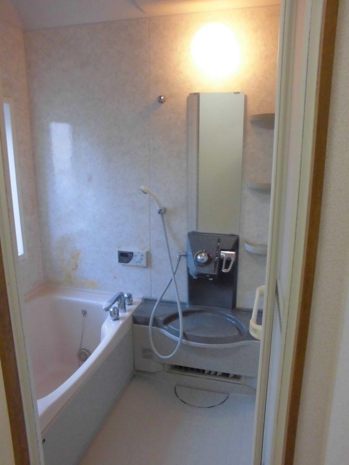 アパート バスルーム