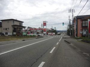 R1年10月撮影   前面道路1