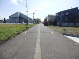 南側道路      令和2年4月撮影
