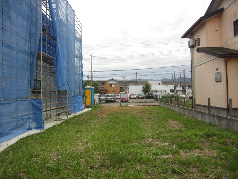 R1年10月撮影   区画裏側