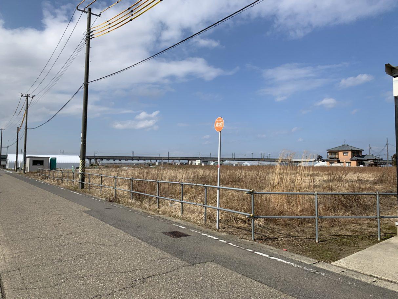 南側道路より 2019年2月撮影