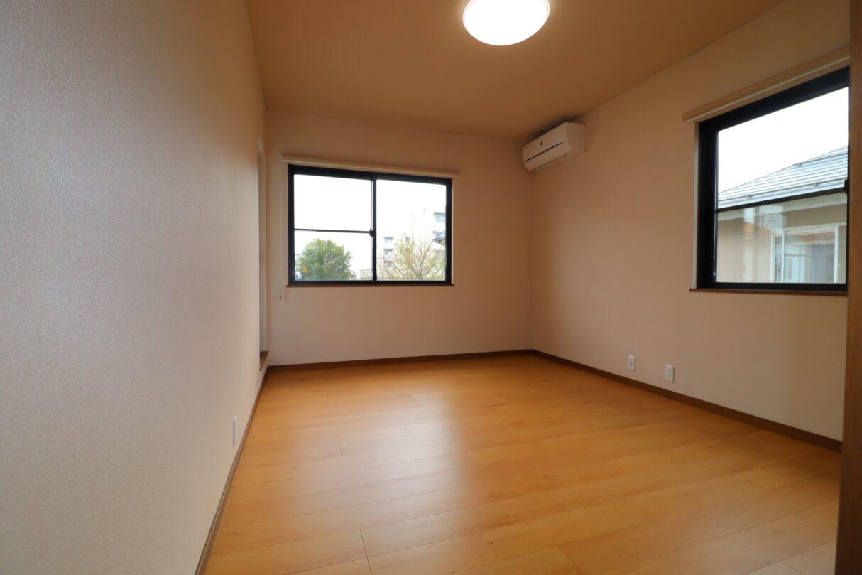 2階洋室(床上張り)