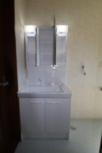 洗面台(3面鏡収納)