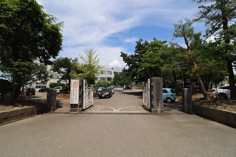 長岡市立東北中学校  徒歩8分(600m)
